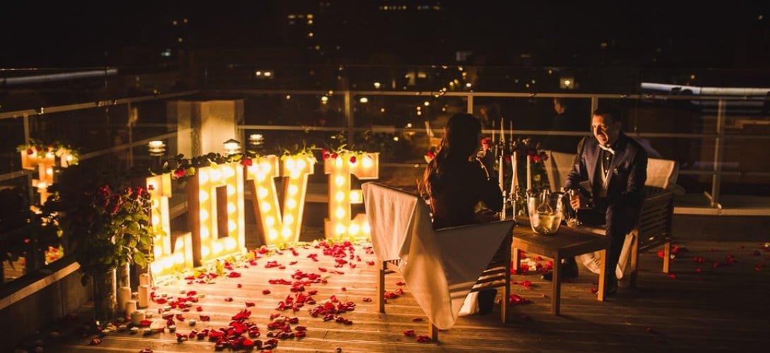 «Предложение руки и сердца на крыше Sky bar»